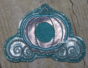 Princess Carriage Feltie in the hoop ith machine embroidery design
