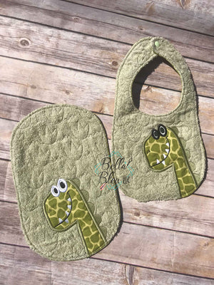 ITH In The hoop Baby Burp Cloth with T-Rex Dinosaur Pattern