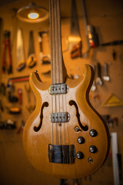 Bartell Fretless Bass