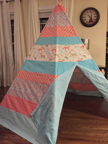 Deluxe Woodland Animals Teepee - Apryle's House