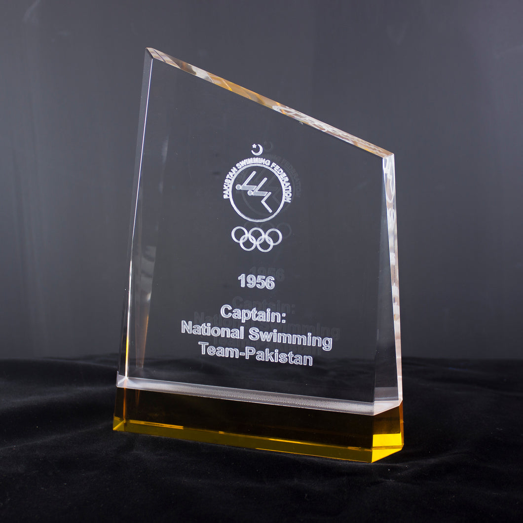 Laser Engraved Customized Crystal Award with yellow shade Glass Glass Plaque