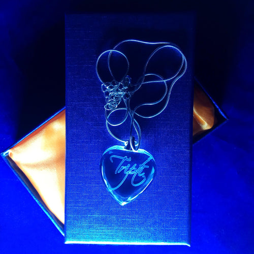 3d Laser engraved personalized Crystal Pendants heart locket - Crystal Moments