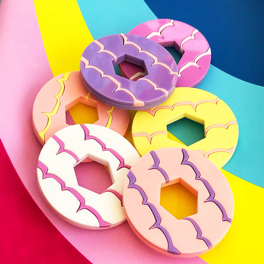Party ring biscuit brooches