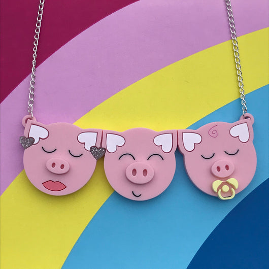 three little pig acrylic necklace