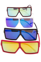 Oversize edge framed fashionable sunglasses