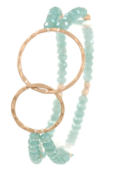 Interlocked circle beaded bracelet