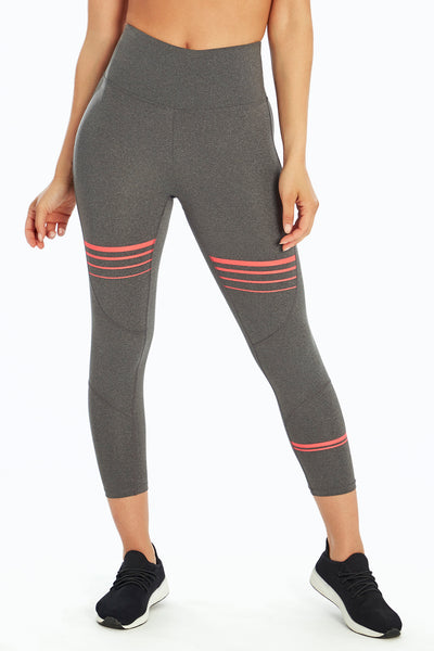 bb2813e40835e Activewear Capri Leggings - Marika