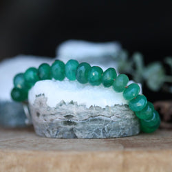 Elegant Green Quartz Gemstone Stacking Bracelet