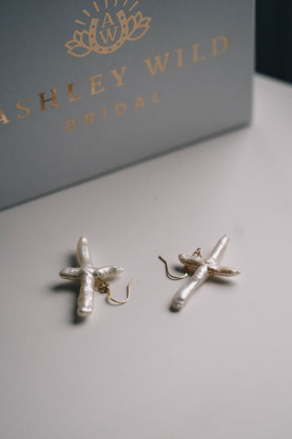 KISS KISS EARRINGS