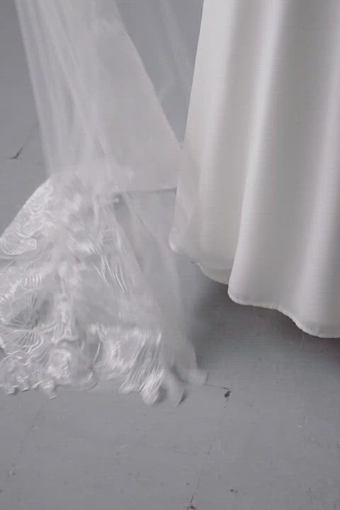 Floral lace embroidered floor length wedding veil