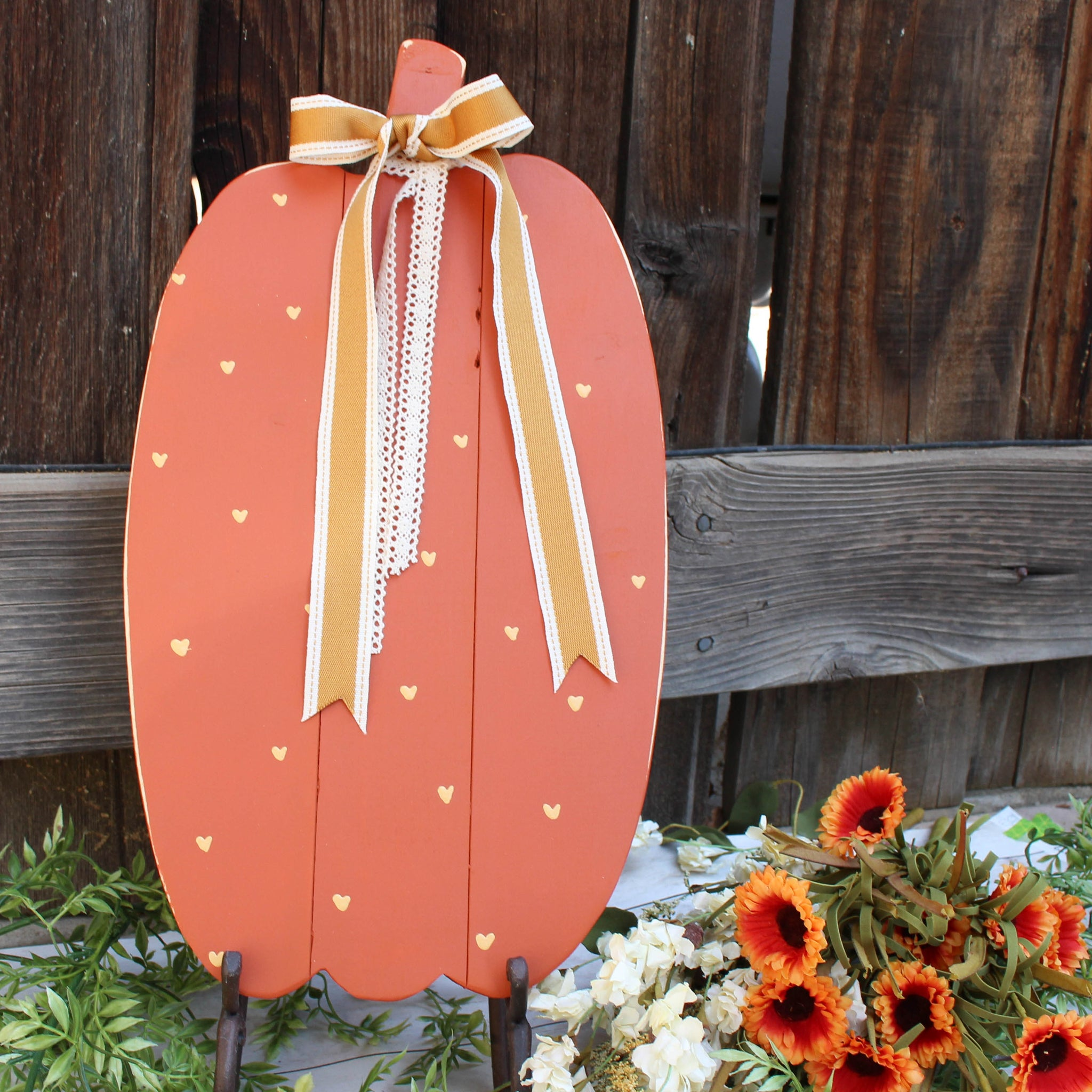 Large Pallet Pumpkin // Rust // Polka Dots