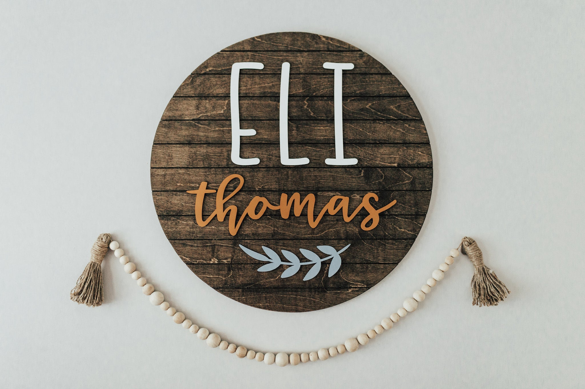 Leaf Style - Round Name Sign, Nursery Name Sign, Baby Name Sign, Round Wood Sign, Wooden Name Sign,