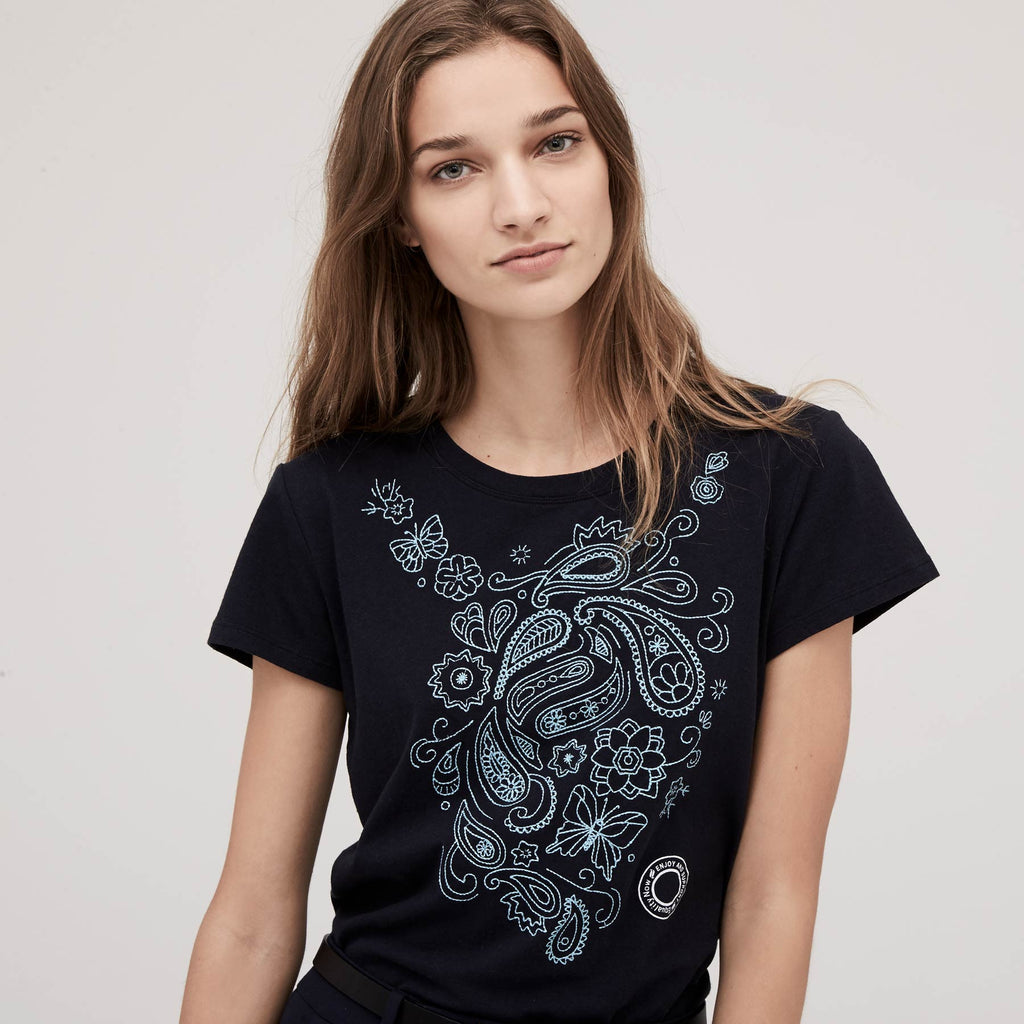 Women's Paisley Butterfly Embroidery Crewneck Round Hem Tee