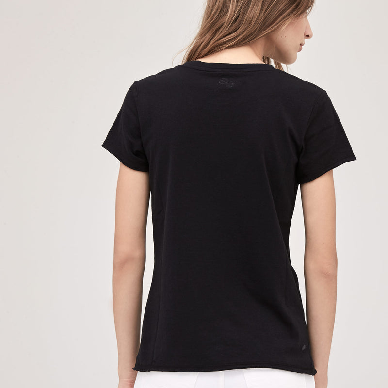 EQUAL POWER TEE- BLACK