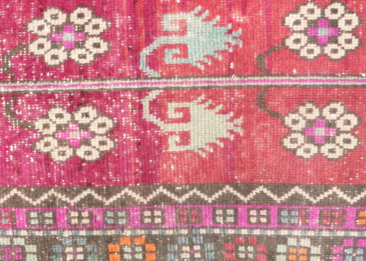 "Vintage Turkish Oushak Rug - 3'8"" x 6'9"""