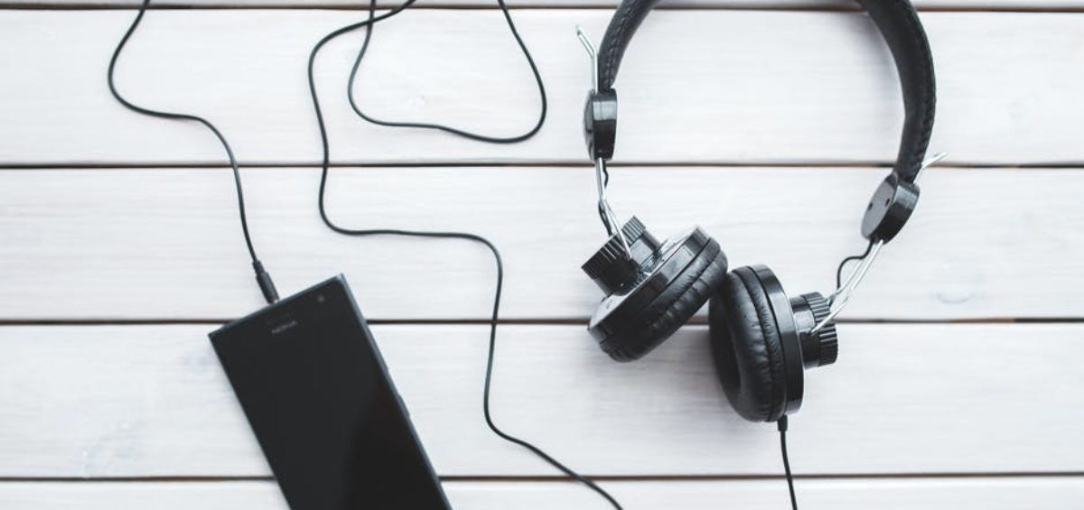 10 Plant-Based Podcasts to Add to Your Playlist