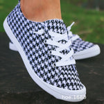 Ms. Confident Houndstooth Shoe