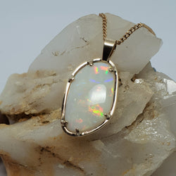 Wear it both sides! 9ct Gold Opal Pendant 046E