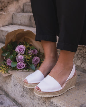 Wedges Avarcas Sandals | White Leather - Petit Barcelona | Handmade in Spain