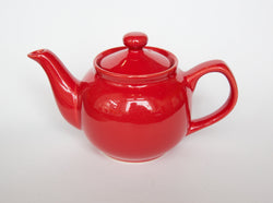 Small Metro Teapot Red
