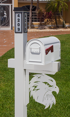 Decorative Mailbox Bracket - Eagle