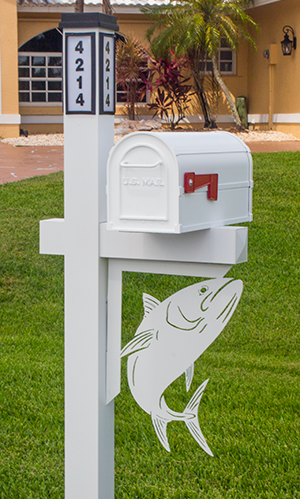Decorative Mailbox Bracket - Tuna