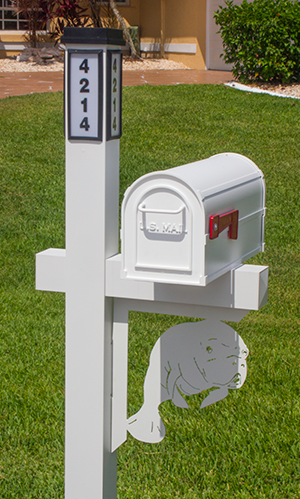 Decorative Mailbox Bracket - Manatee