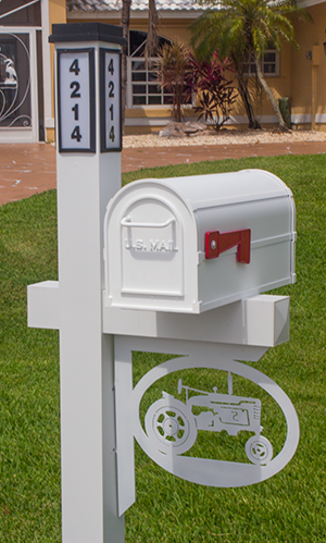 Decorative Mailbox Bracket - Tractor