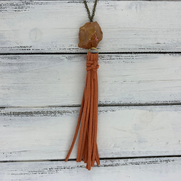TASSEL NECKLACE - TIFFANIE      ||  RUST TASSEL WITH DECORATIVE BEAD