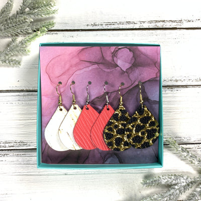 3pk *MINI* ZOEY GIFT BOX! (Mini Size) Leather Earrings <br> WHITE CORK (THICK), <BR> SALMON PALMS ,<BR> BLACK WITH GOLD ACCENTS