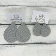 ZOEY (3 sizes available!) -  Leather Earrings  ||   LIGHT GRAY PALM LEAF