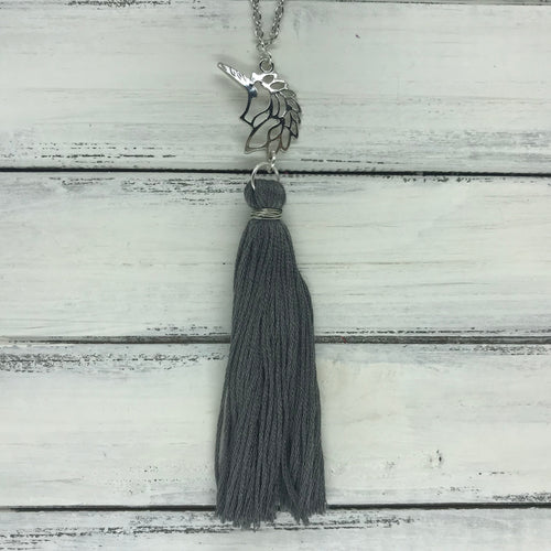 TASSEL NECKLACE - CAROLINA    ||  GRAY TASSEL WITH UNICORN