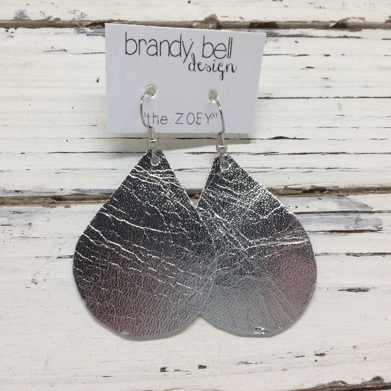 miniZOEY + ZOEY - Leather Earrings  || METALLIC SILVER
