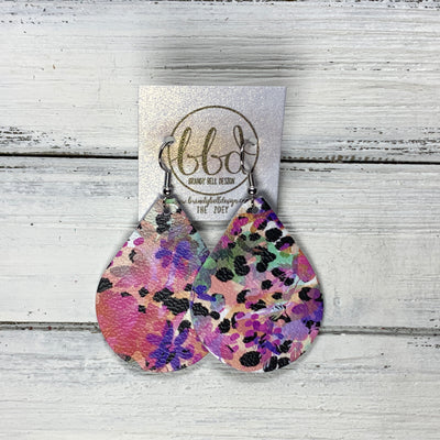 ZOEY (3 sizes available!) -  Leather Earrings  ||  PURPLE FLORAL CHEETAH