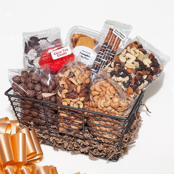 E&A Favorites Nut Lovers Basket
