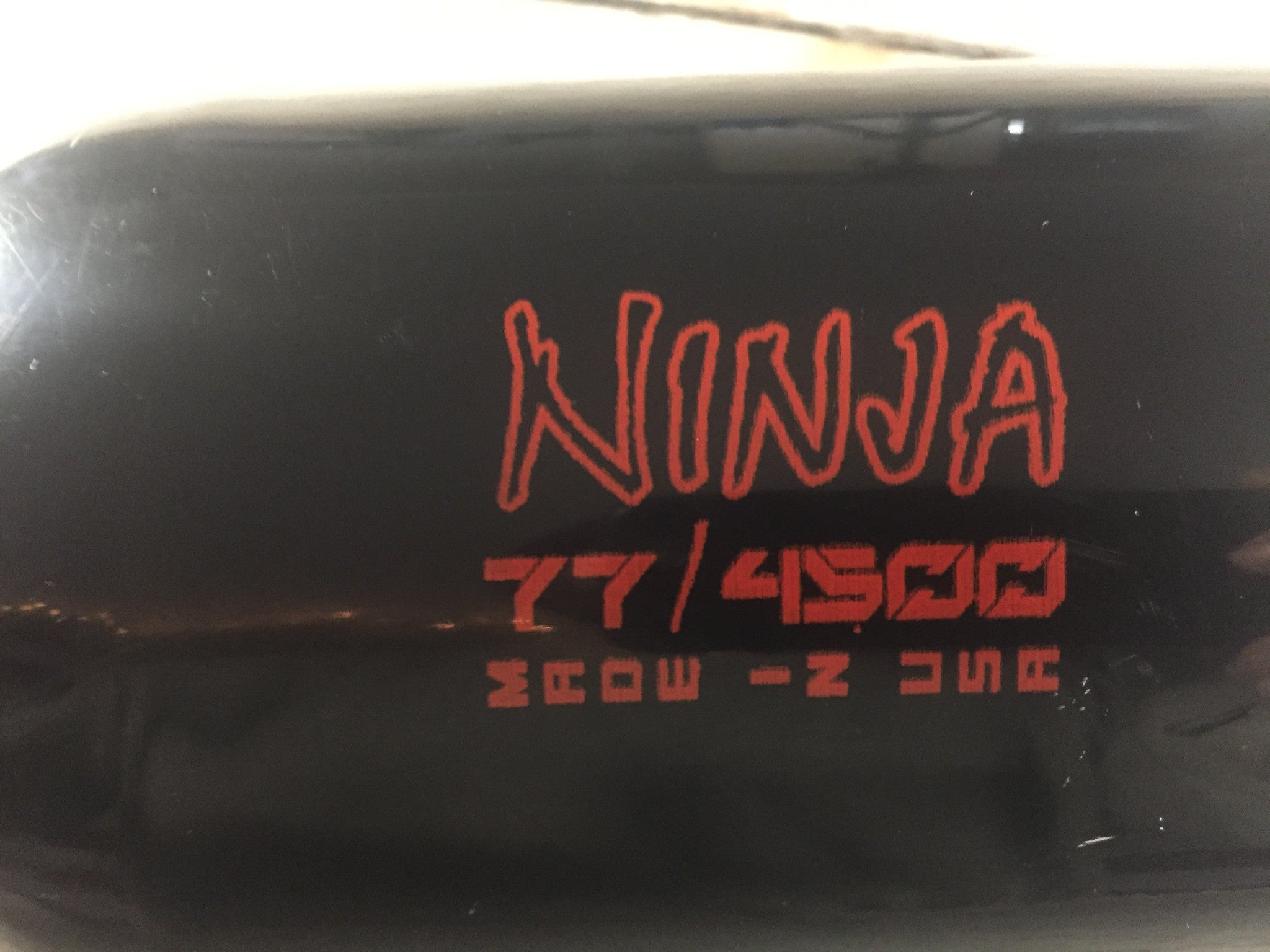 USED Ninja SL 77 - Black - Red - Pro V2 Reg