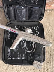 Used DLX Luxe ICE Paintball Gun - Dust Silver Pure 3D Splash