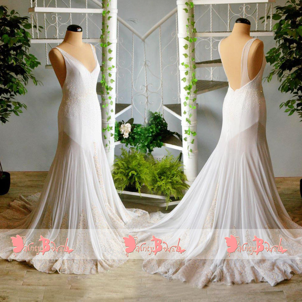 Elegant Ivory Beaded Appliques Sleeveless V-neck Backless Prom Dresses. DB1064