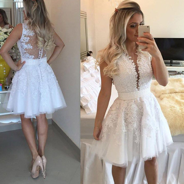 Elegant  A-line Sleeveless Deep V-neck Rhinestone Beads Sash Lace Applique Tulle Back Knee-Length Homecoming Dress,BD0104
