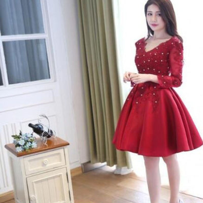 Elegant Three-quarter Sleeve  Red V-neck Open Back Beads Mini Homecoming Prom Gown Dress,BD0015