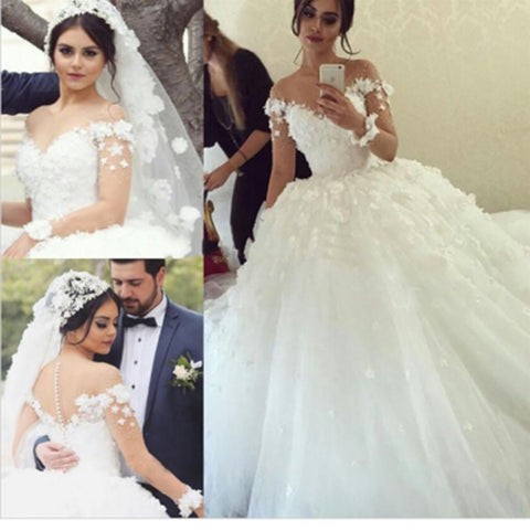 Lovely Elegant Off Shoulder Short Sleeve Sweetheart White Appliques Ball Gown Wedding Dresses. DB0281