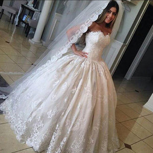 Gorgeous Sweetheart Strapless Ball Gown Floor Length  Lace Appliques Wedding Party Dresses, WD0093