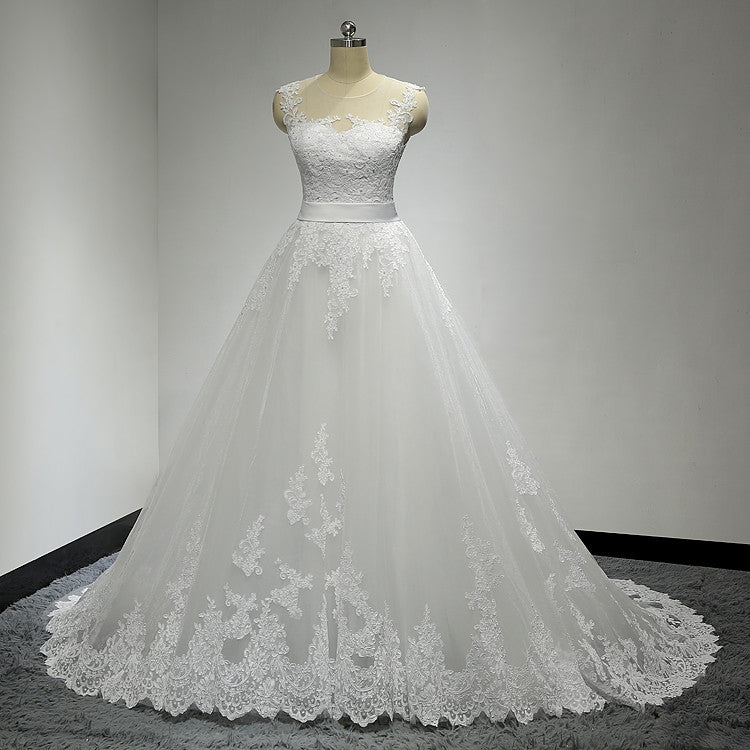 Long Clairvoyant Outfit Sweetheart Lace Appliques Sash Elegant Country Ball Gown Wedding Dresses. DB00151