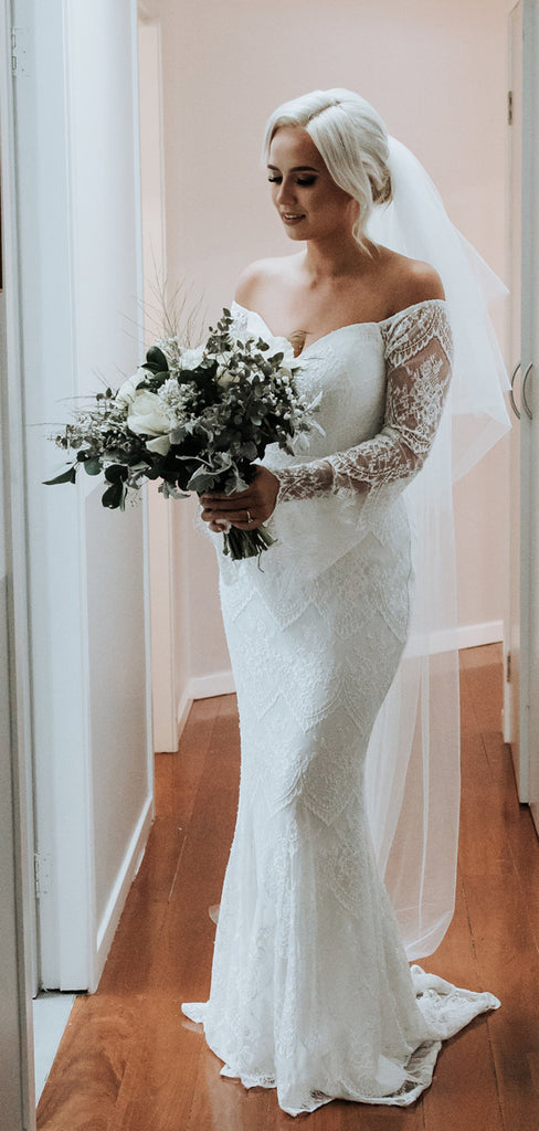 Off Shoulder Long Sleeve Lace Cutted Neckline Mermaid Wedding Dresses,DB0166