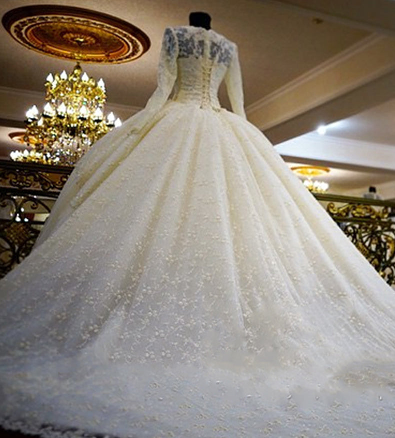 Vintage Unique Gorgeous Ball Gown Full Ivory Lace Beading Long