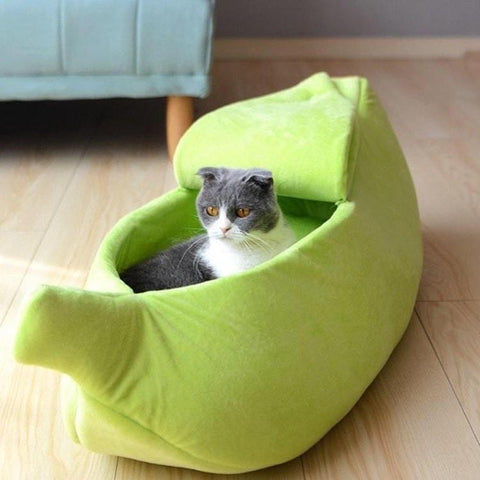 Cute And Cozy Banana Shaped Cat Bed - Meowaish