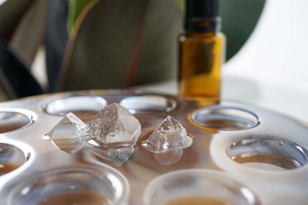 Quartz Crystal & Agate Essential Oil Bottle Holder - 15ML Bottles (172F) - Lava Essential Oils