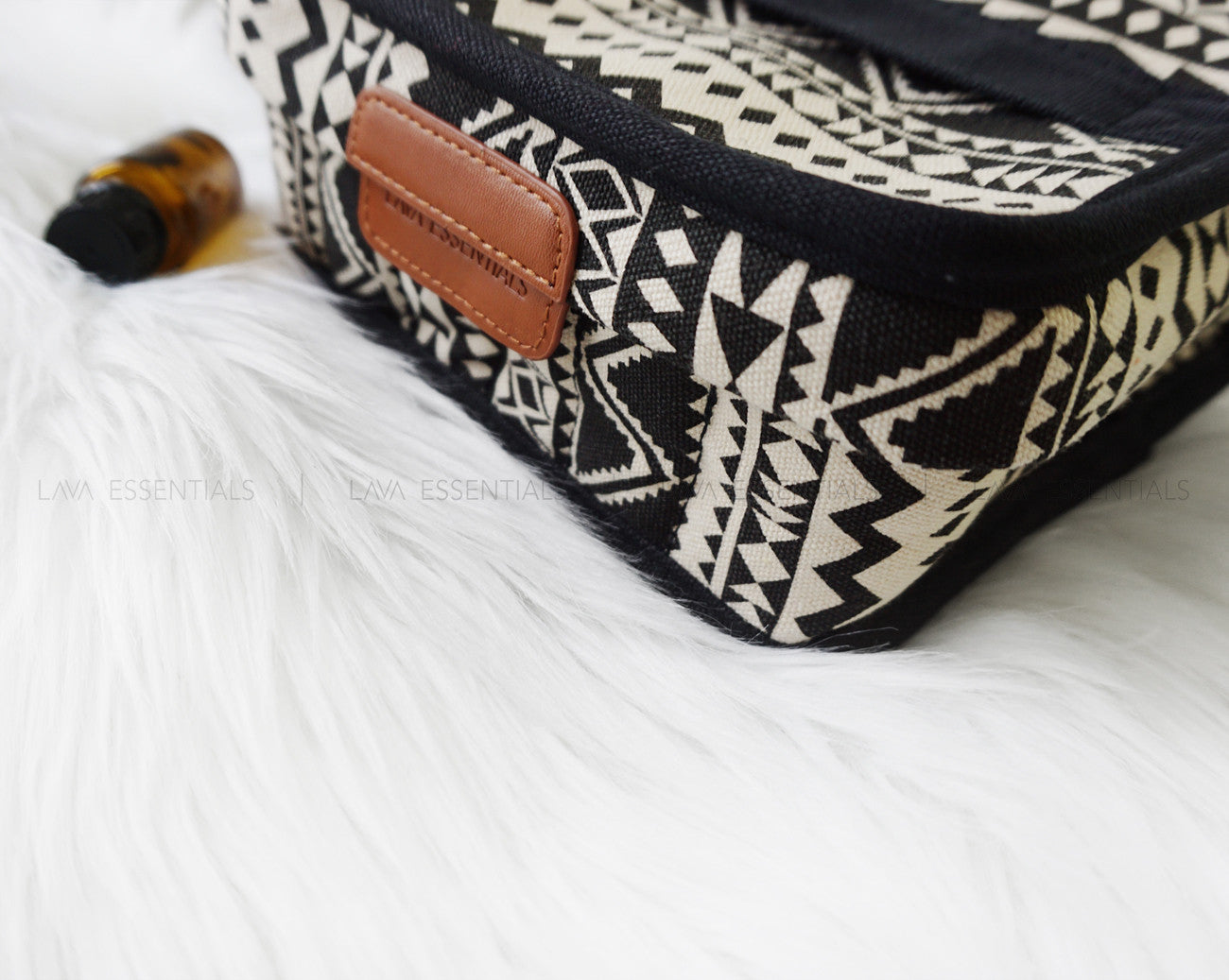 Boho Carrying Case for Essential Oils *New Mesh Pocket* 30+ bottles 5ml-15ml - Lava Essential Oils