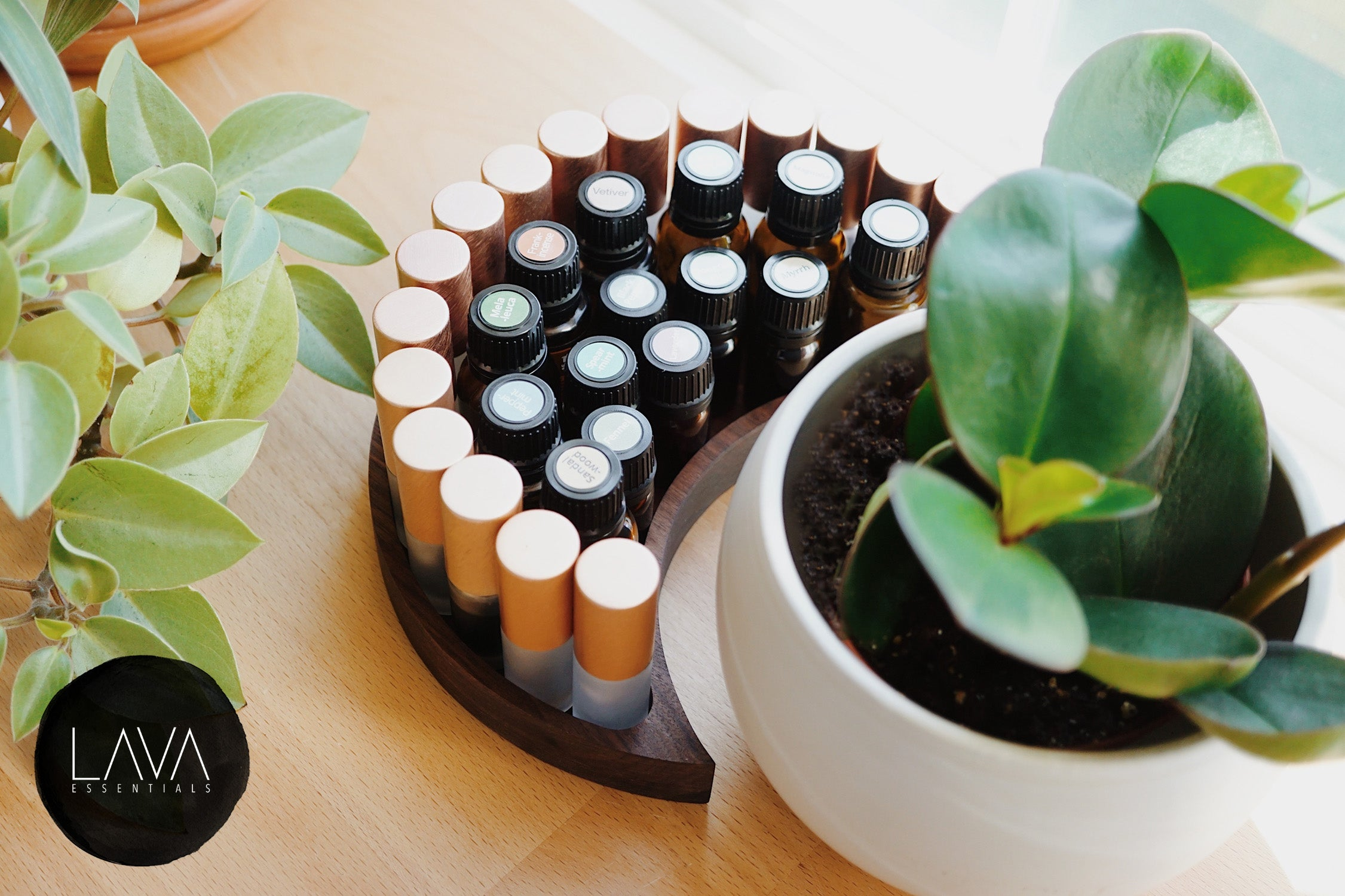 holds roller bottles, essential oil storage, big oil bottle holders fits a lot of bottles