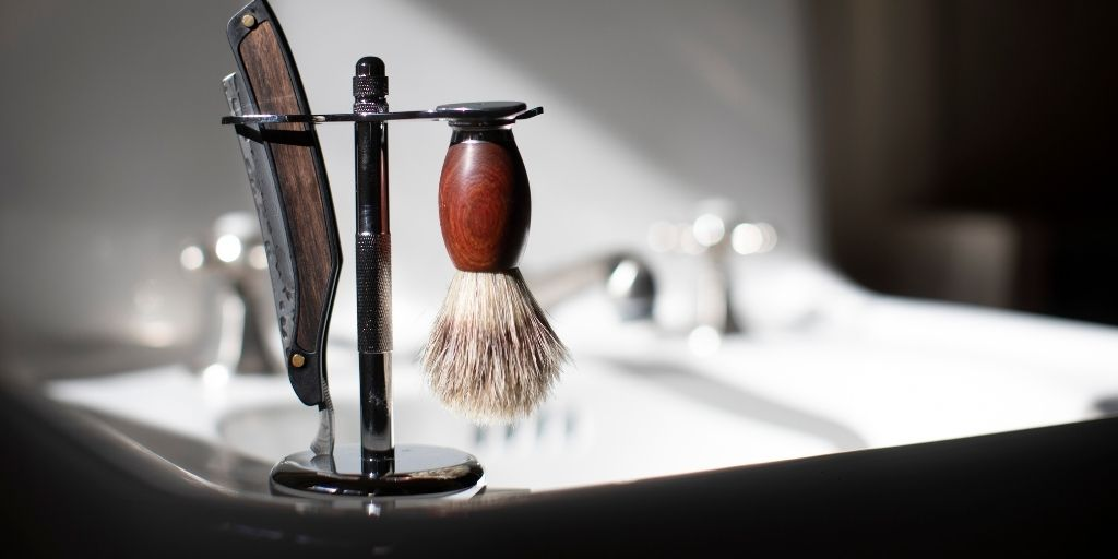 How to Remove Rust from a Straight Razor